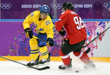 Swedes edge past Swiss